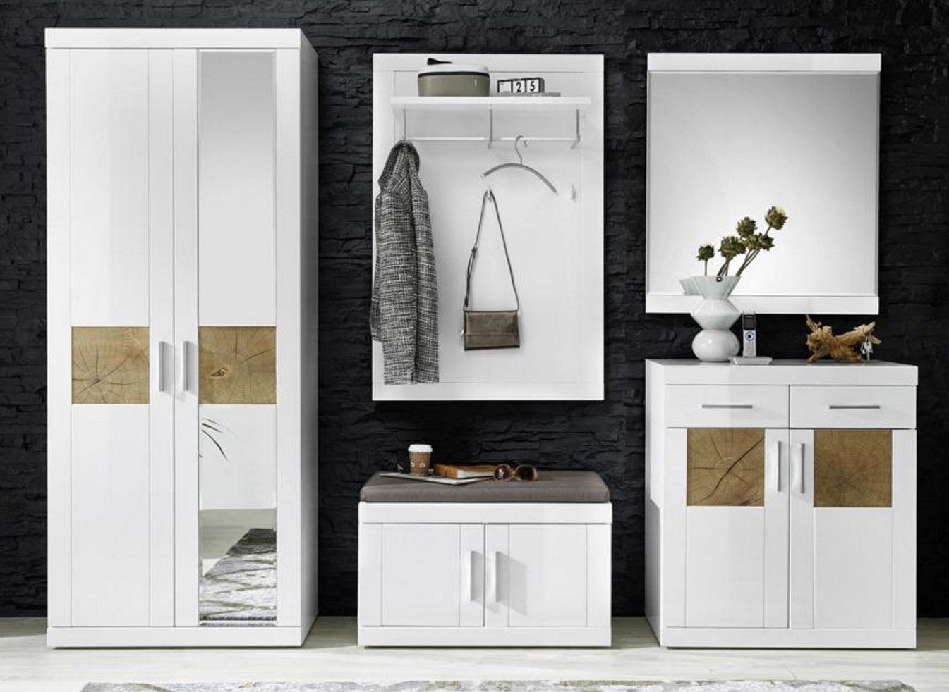 Boca Pomysł Na Ożywienie Białego Przedpokoju Euro Furniture